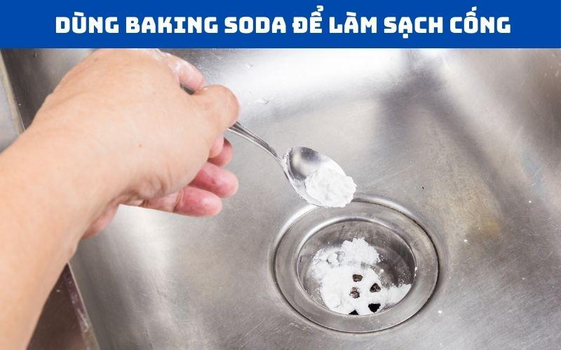 Làm sạch và thông tắc cống bằng baking soda